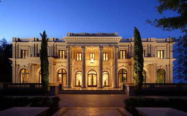 Photos top 10 mega mansions of the filthy rich mother jones for Rich homes in california