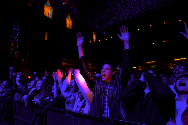 Image: Fox Theater crowd