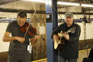 mojo-photo-subwaymusicians.jpg
