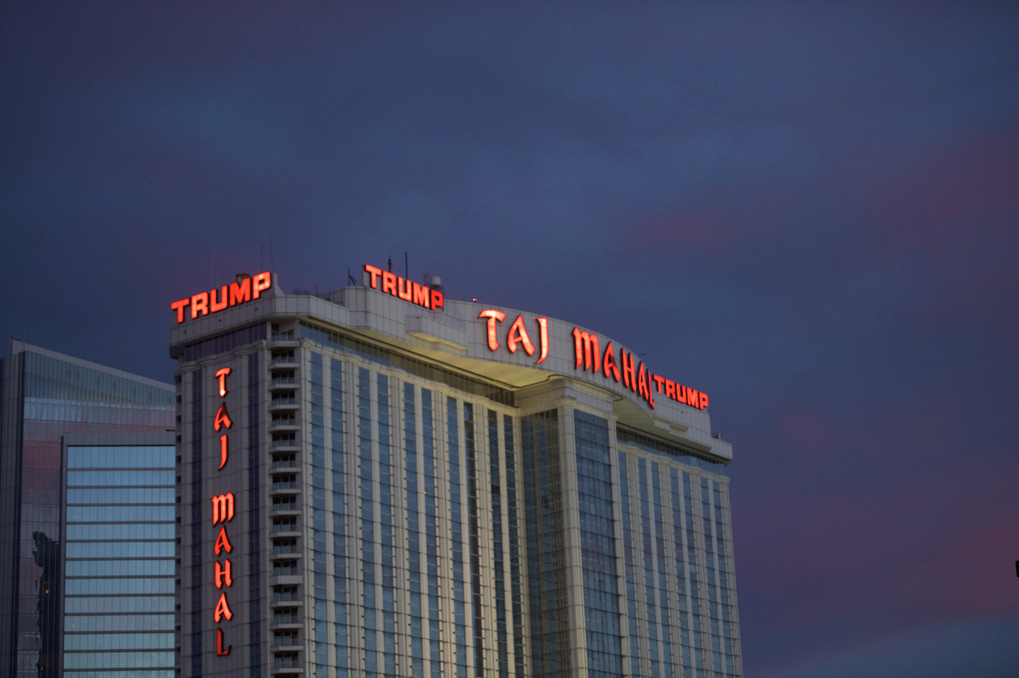 Trump Taj Mahal in Atlantic City Is Closing | Mother Jones