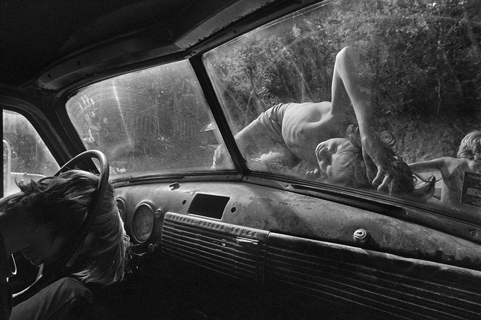 Eugene Richards Is The Photographer America Needs Now
