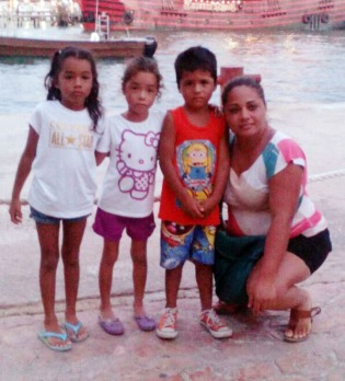 Veronica Zepeda with her children