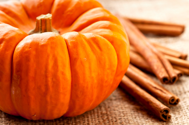 Fill your room with autumn scents with these pumpkin spice latte candles