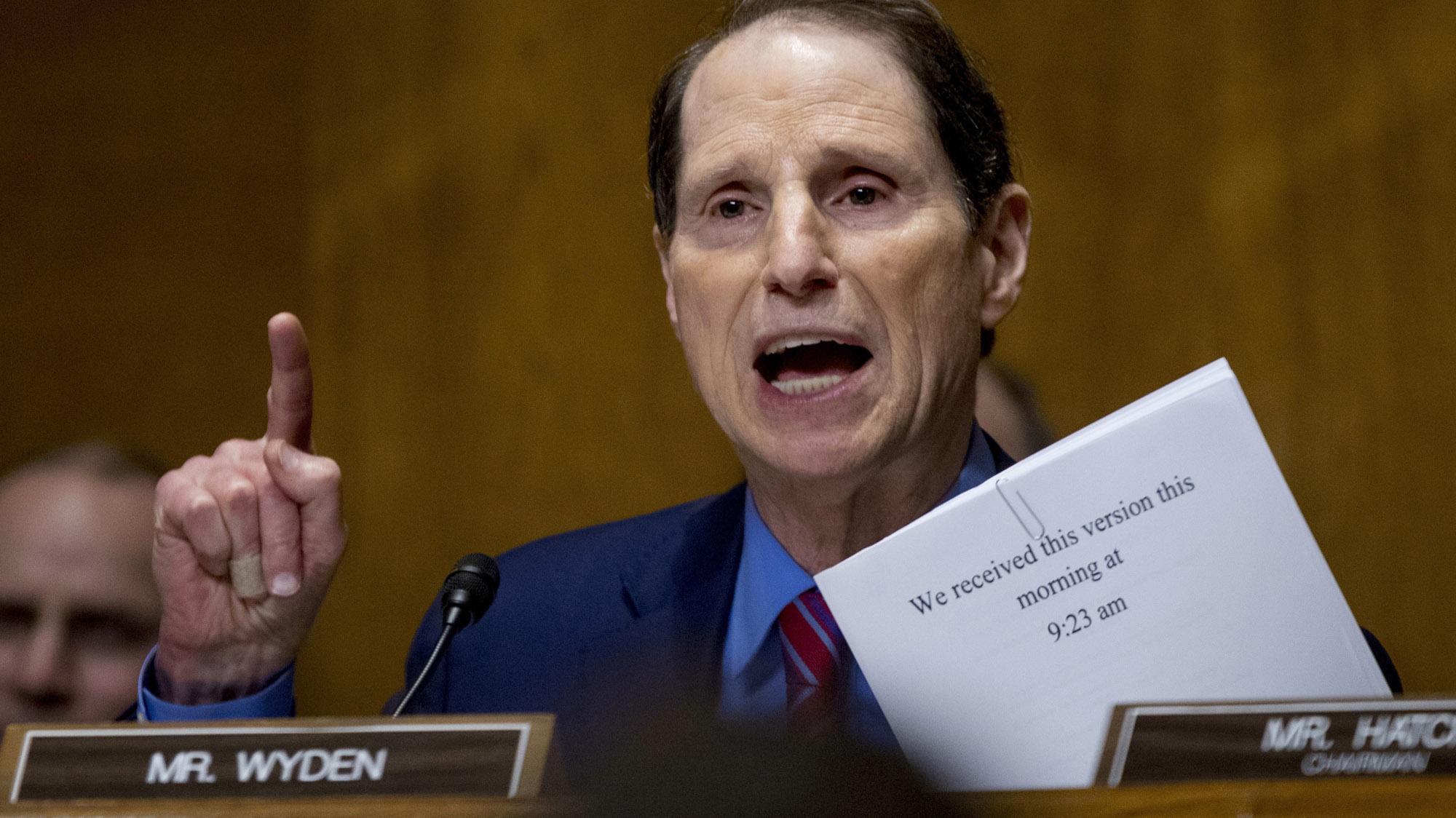 Trump Suggests Senate Intel Committee Investigate 'Fake News'
