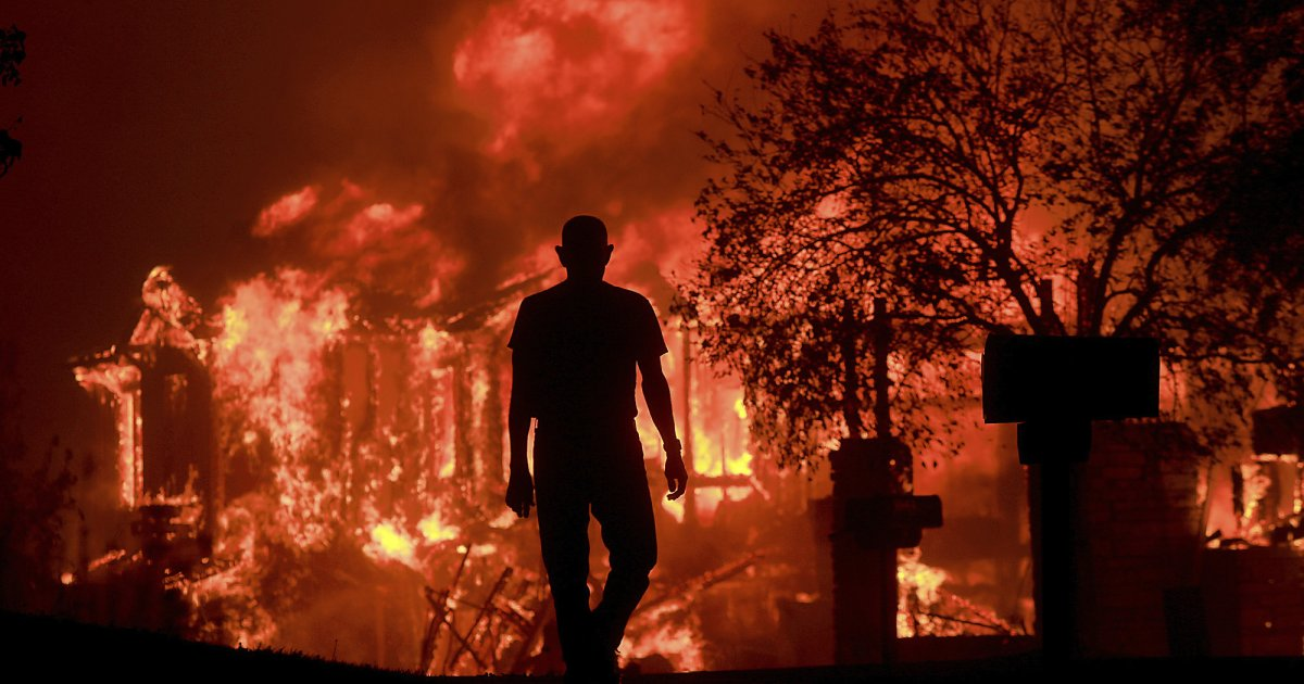 """photo image Stories From California's Firestorm: """"I Could See Flames From My House"""""""