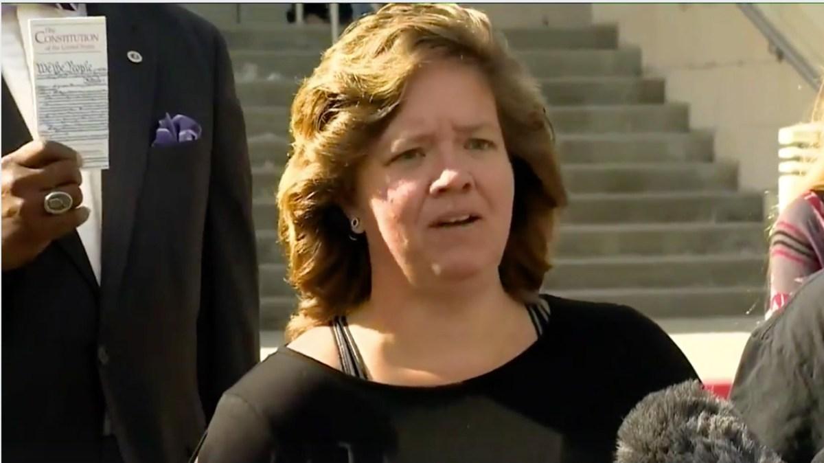 motherjones.com - Edwin Rios - A Texas sheriff threatened this woman for having a 'F**K TRUMP' bumper sticker. Her new sticker says F**k the sheriff.
