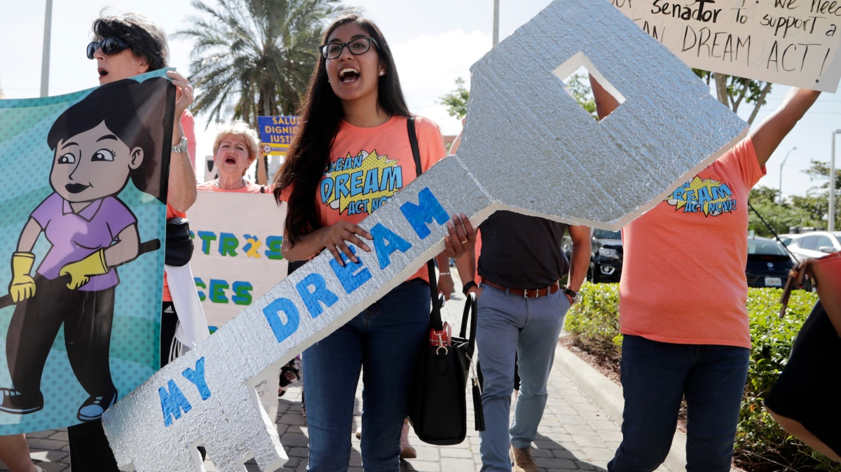 Another federal judge just blocked Trump from ending DACA