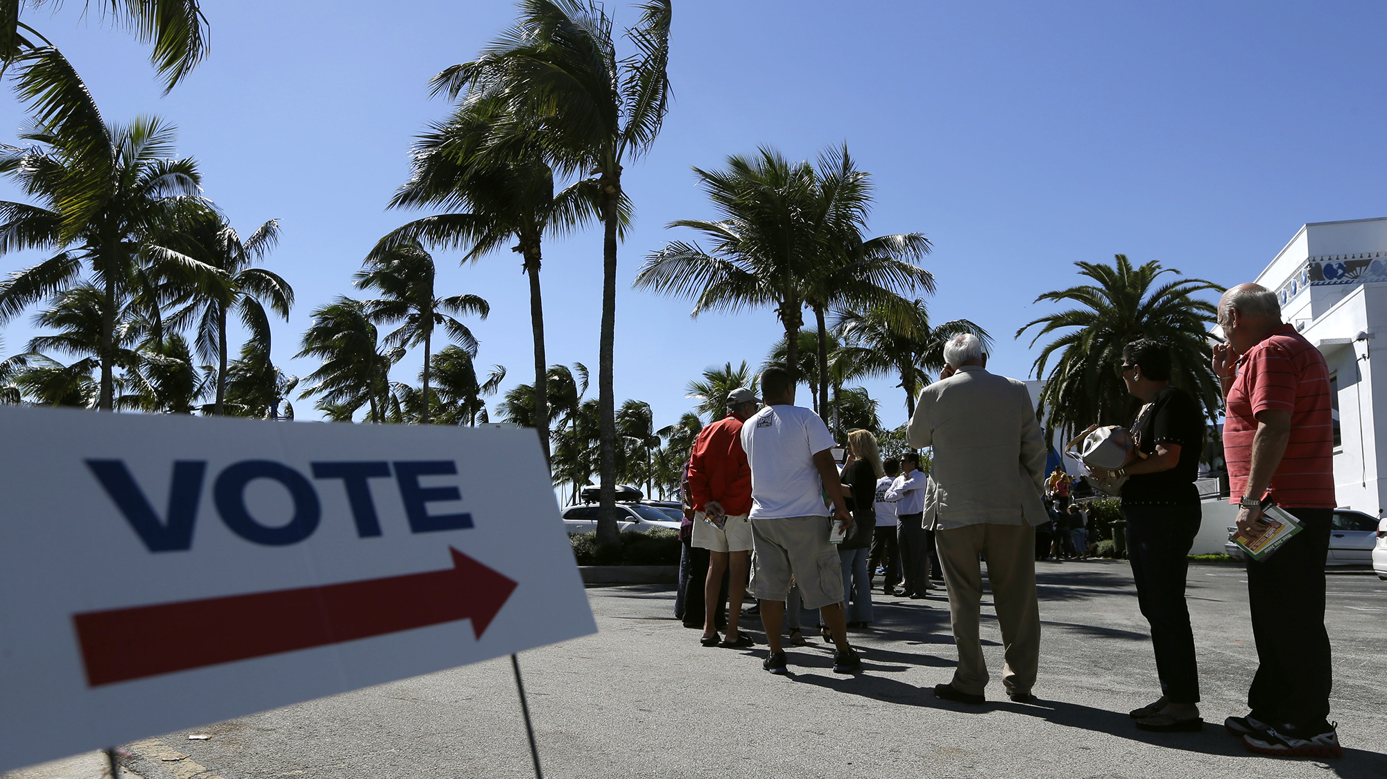 Federal judge knocks down Florida's voting ban for ex-felons