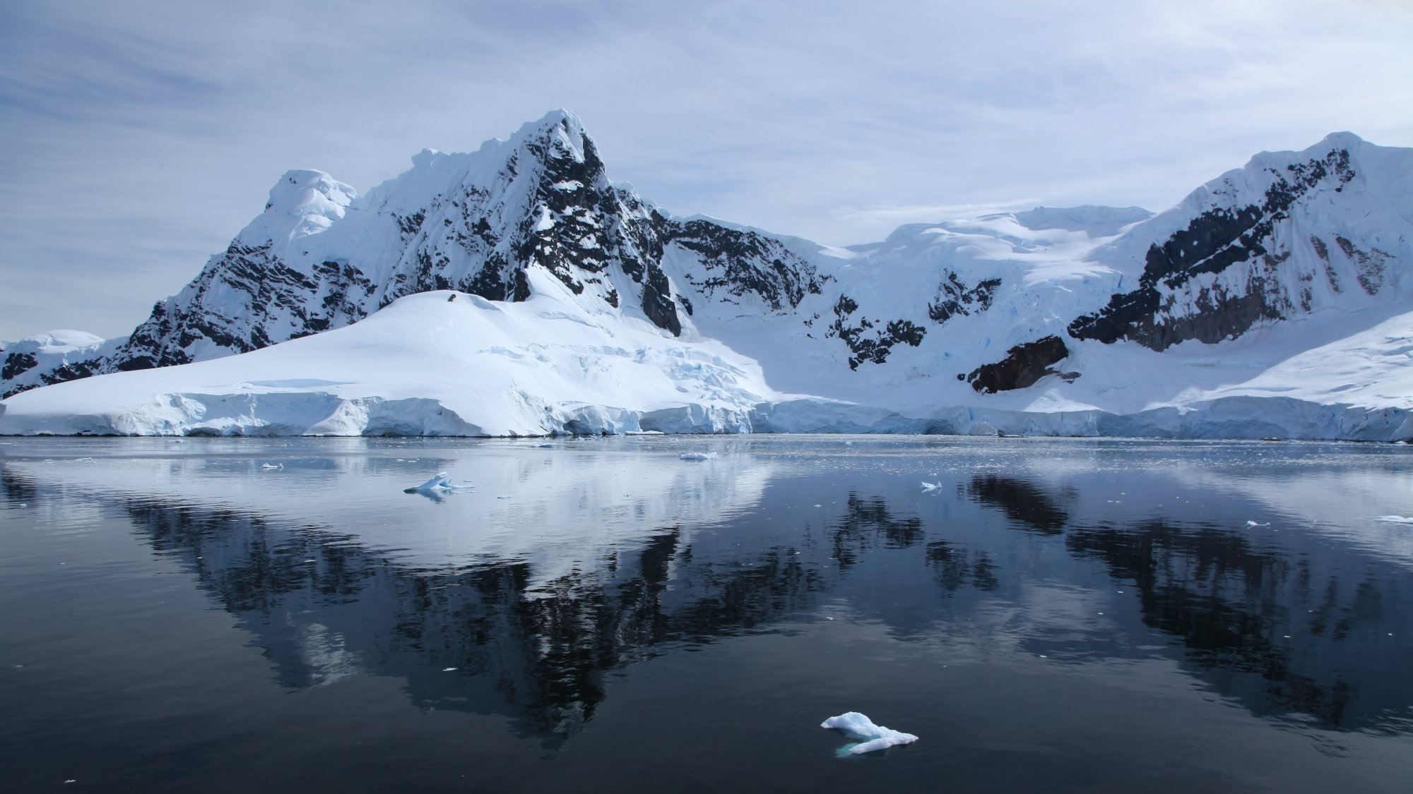 Antarctic Ice Shelves Revealed To Be Rapidly Melting From Below