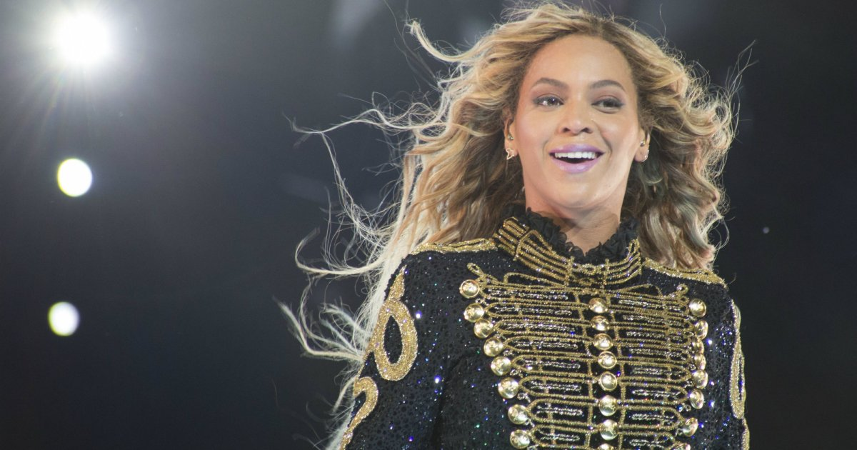"We Went to ""Beyoncé Mass"" and It Was Glorious – Mother Jones"