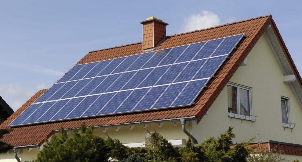 Califórnia só se tornou o primeiro estado a exigir painéis solares em todas as novas casas