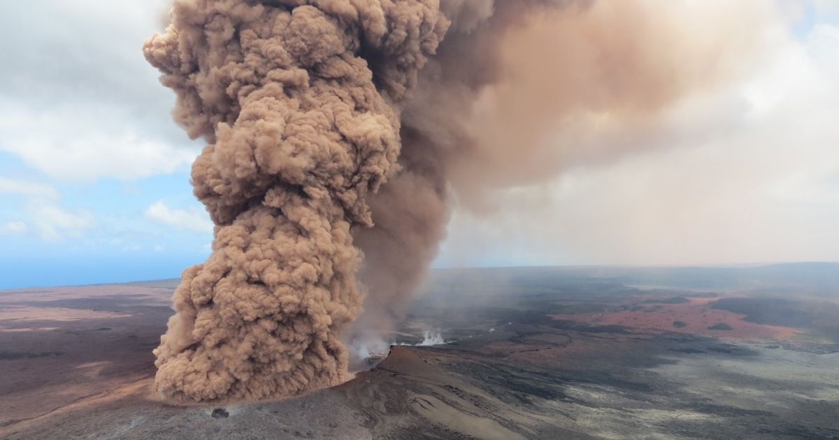 Here Are Some Insane Videos of the Hawaii Volcano Explosion