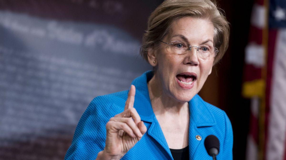 Elizabeth Warren just tore into Trump's consumer watchdog nominee over family separations