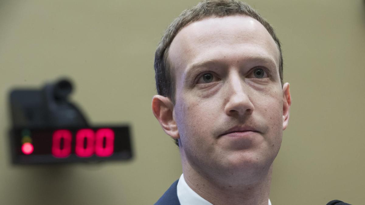 Mark Zuckerberg doesn't want to ban Holocaust deniers or Sandy Hook truthers