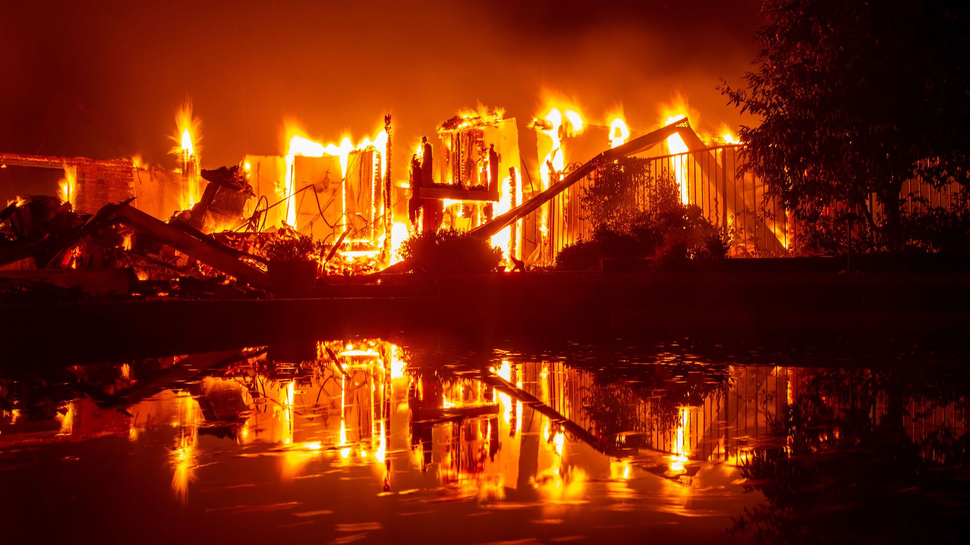 the most devastating pictures from the last 72 hours of fire in