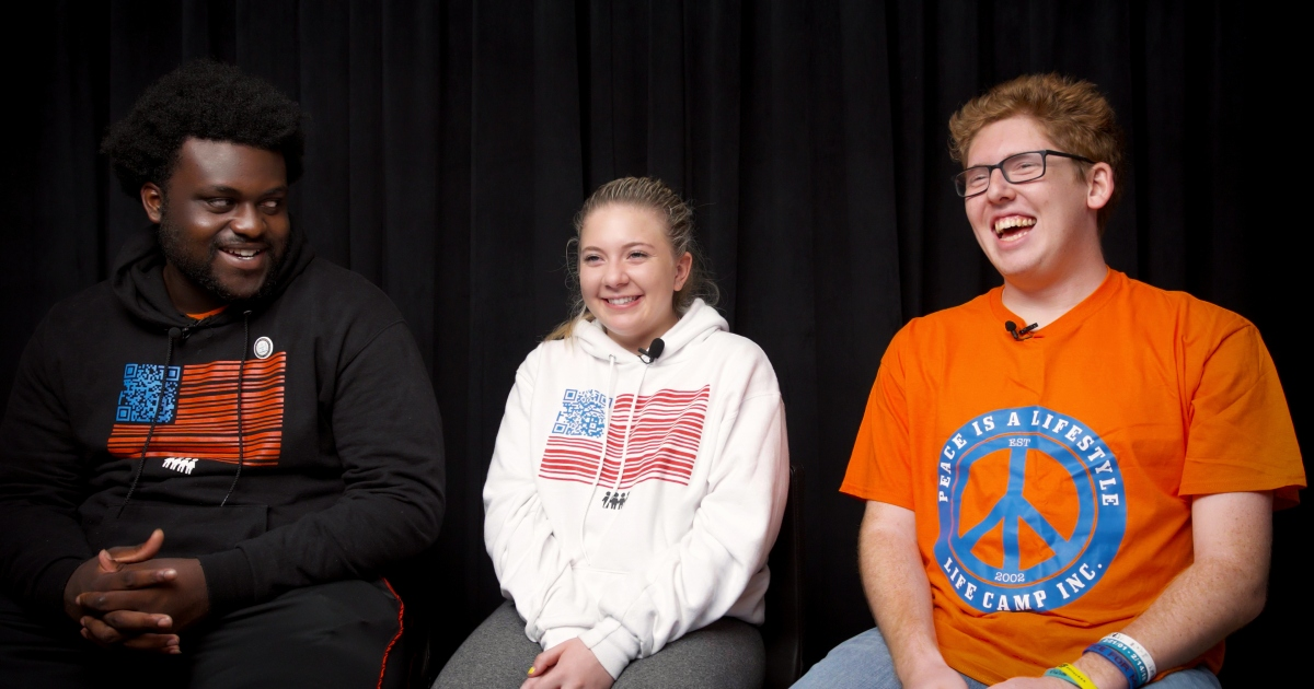 "Watch Our Exclusive Studio Interview With ""March for Our Lives"" Leaders – Mother Jones"