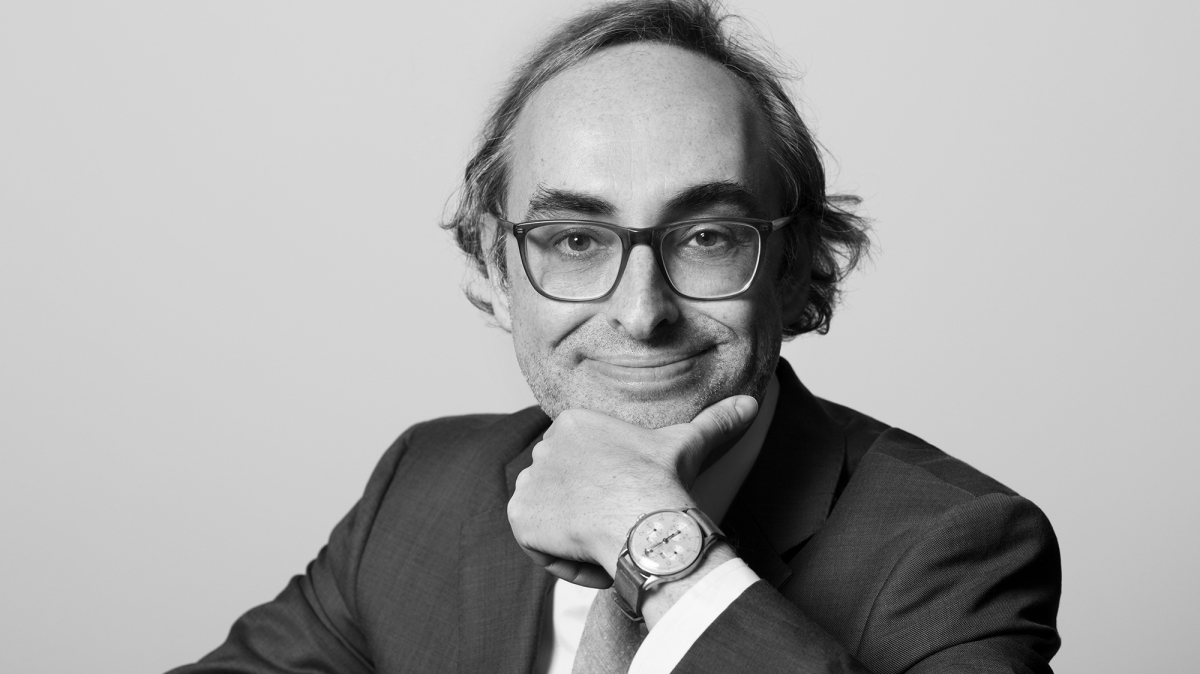 Gary Shteyngart wants you to invest in his hedge fund