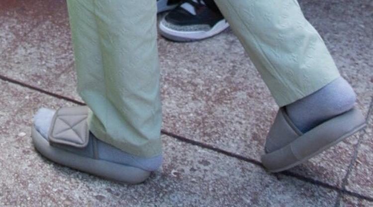 kanye west wore slippers this weekend  u2013 mother jones