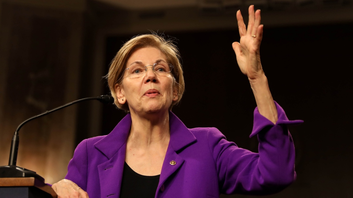 "Here's Elizabeth Warren's fiery response to John Kelly's ""arrogant woman"" comment"