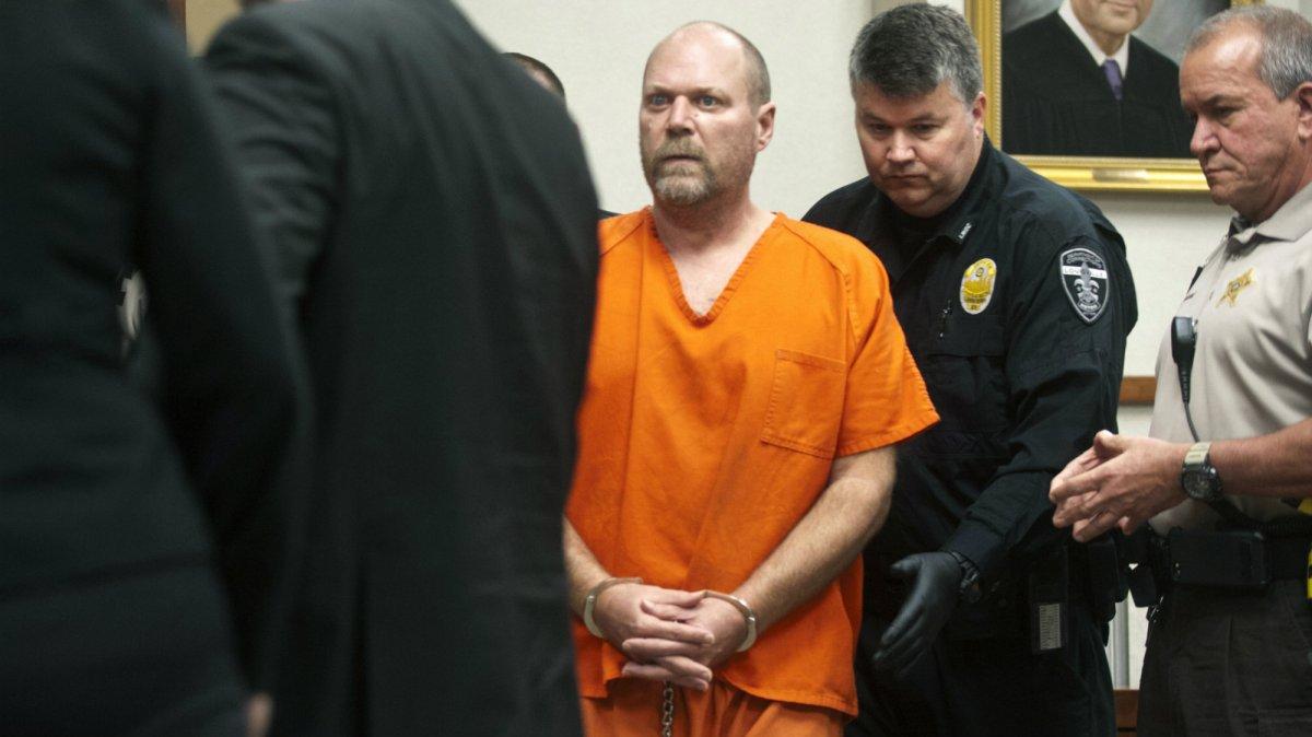 motherjones.com - Nathalie Baptiste - Federal Hate Crime Charges Brought in Kentucky Kroger Shooting