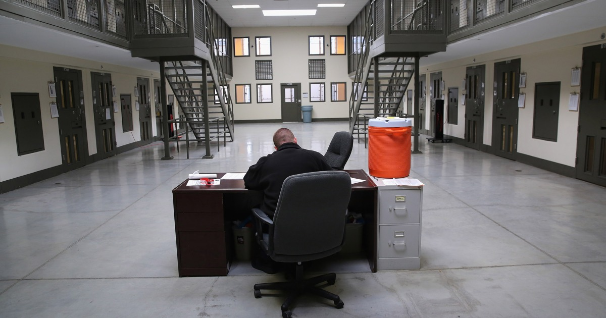 """A Private Prison CEO Is """"Hopeful"""" About the Budget Deal's Boost for ICE Detention"""