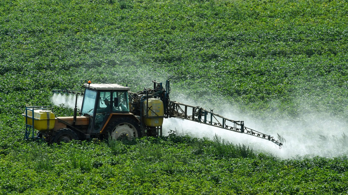 Arkansas Tried to Restrict the Use of This Controversial Pesticide. Monsanto Fought Back and Won.