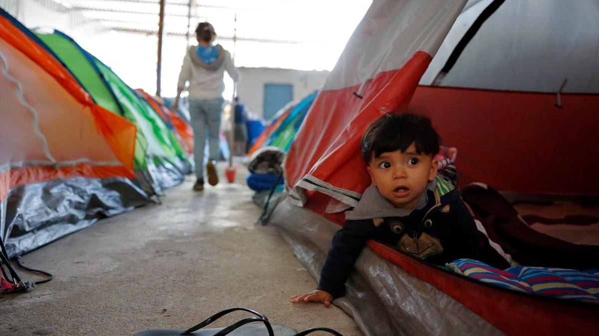 in tijuana  migrants grapple with the border crisis trump created  u2013 mother jones