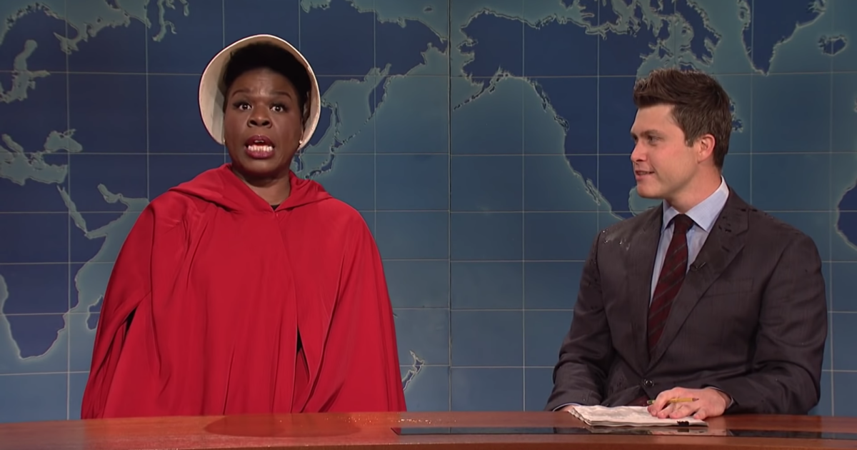 "photo image Leslie Jones Rips Into Alabama's Abortion Ban on SNL: ""This Is a War on Women"""