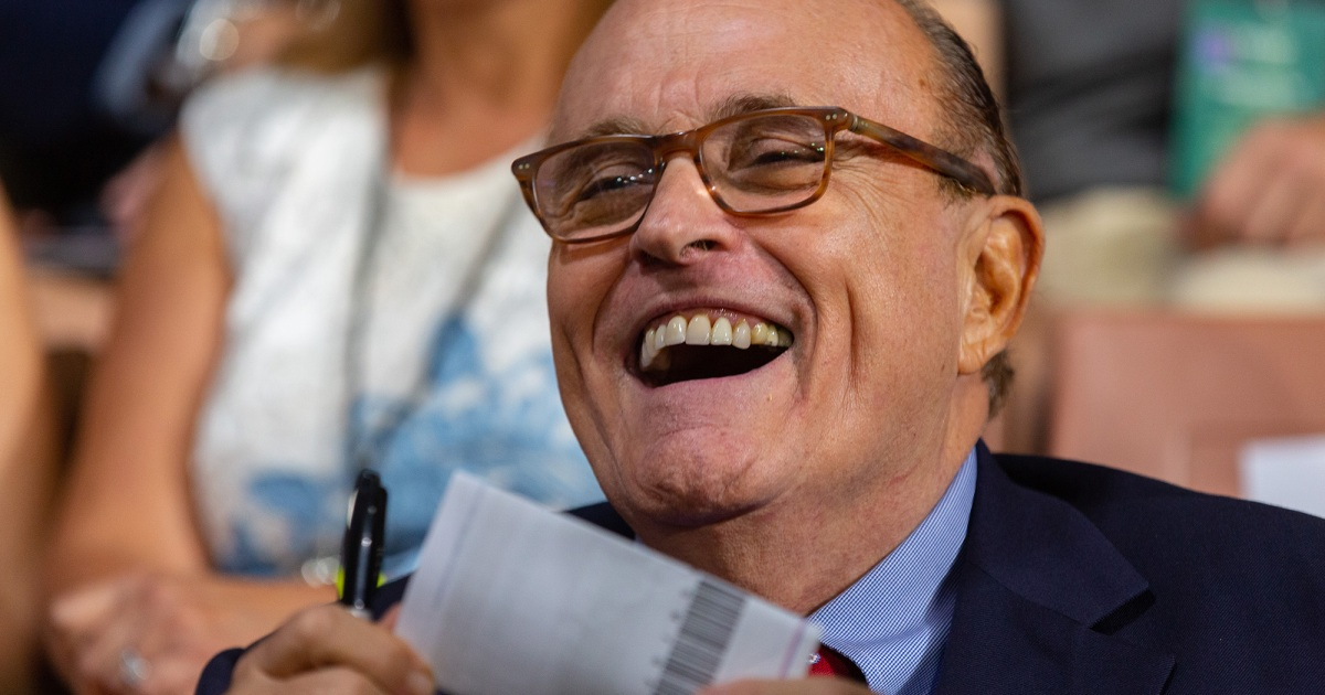 photo image New Ukraine Excuse: It Was All Rudy's Fault