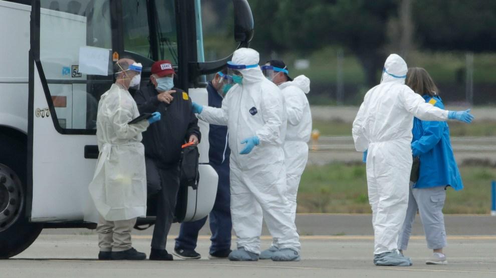 Resultado de imagen de coronavirus passenger ferry isolation