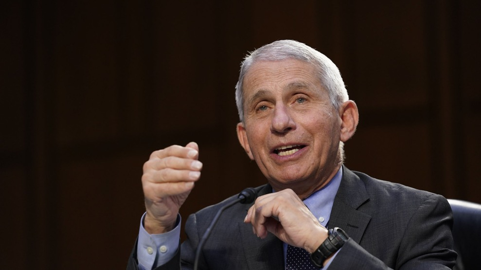 Fauci Says He Expects J&J Pause to End Soon 1