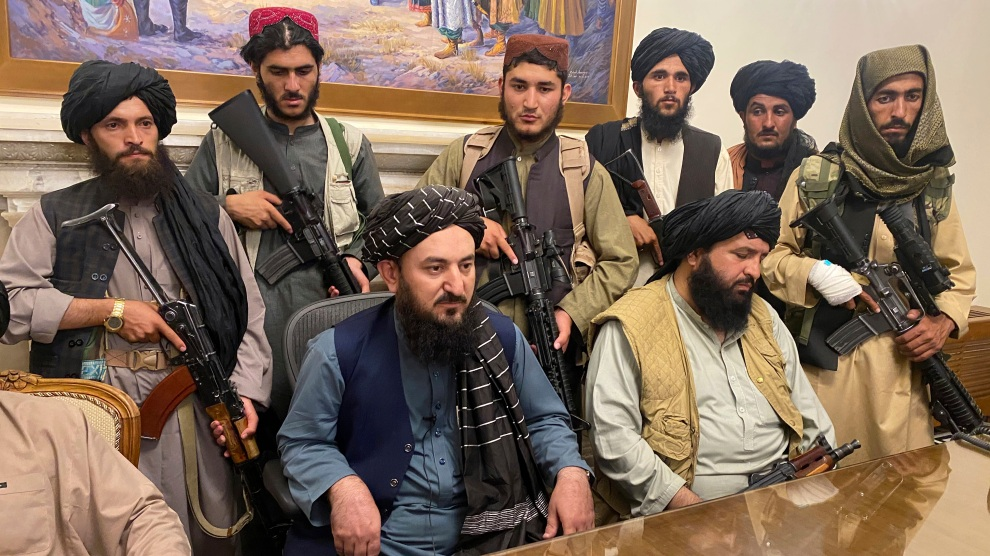 """Trump's """"Deal"""" With the Taliban Set the Stage for Afghanistan's Collapse –  Mother Jones"""