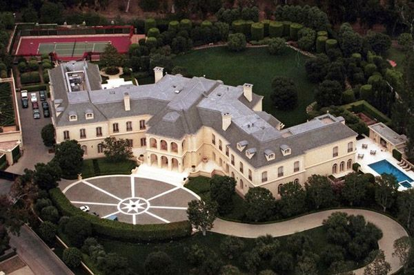 PHOTOS Top 10 Mega Mansions Of The Filthy Rich Mother Jones