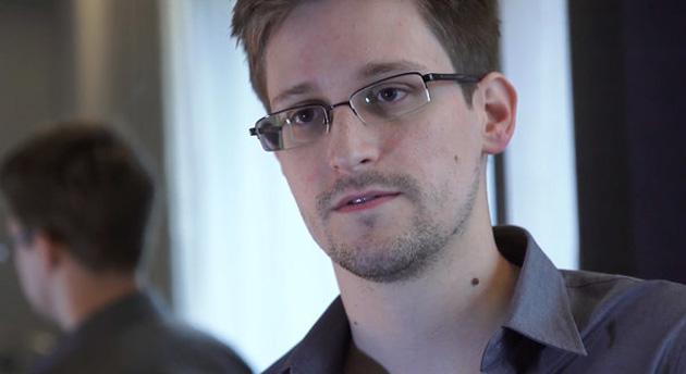 "Prior NSA Whistleblower Warns Edward Snowden: Government Will Seek ""Revenge and Retaliation"""