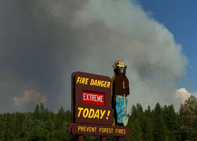 Photos From the Massive Yosemite Wildfire