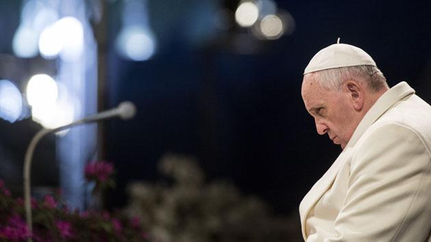 """Skepticismus ke klimatické změně je """"perverzní"""", káže papež František"""