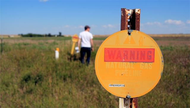 """North Dakota is littered with """"an awful lot of people who hold no mineral rights, or very small ones.""""  James West/Climate Desk"""