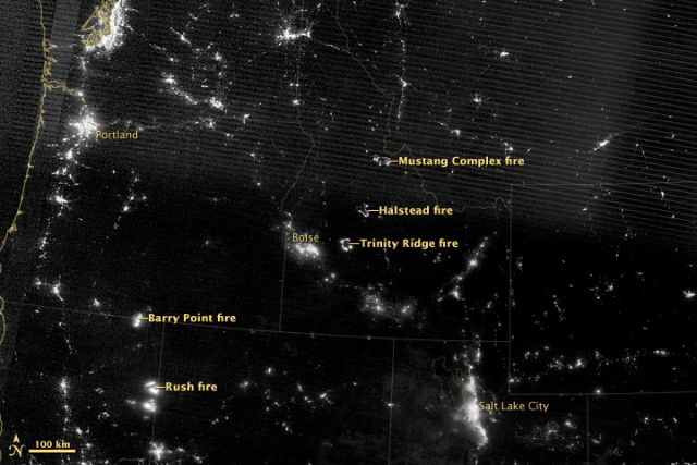 Night view of western wildfires, 17 Aug 2012: NASA image by Jesse Allen, using Suomi NPP VIIRS data
