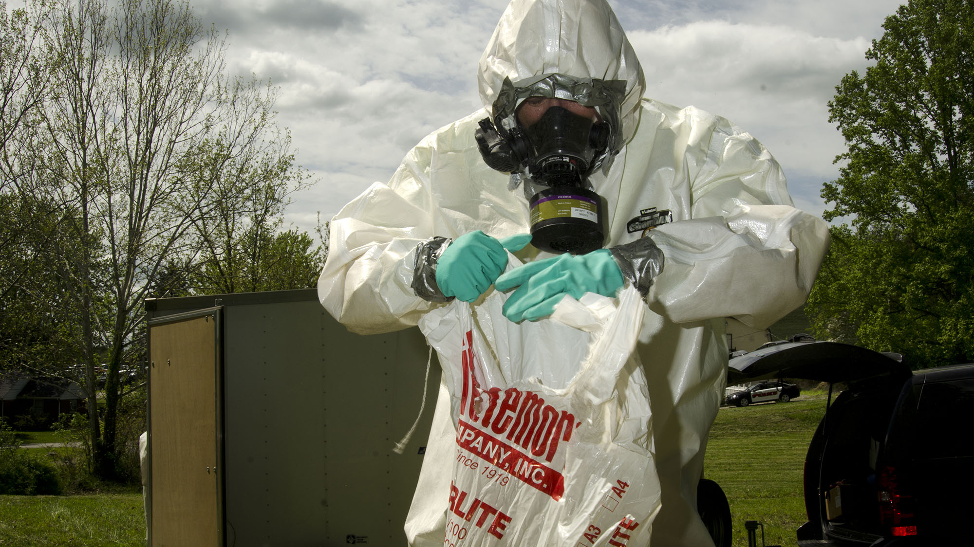 Meth lab smell burning plastic