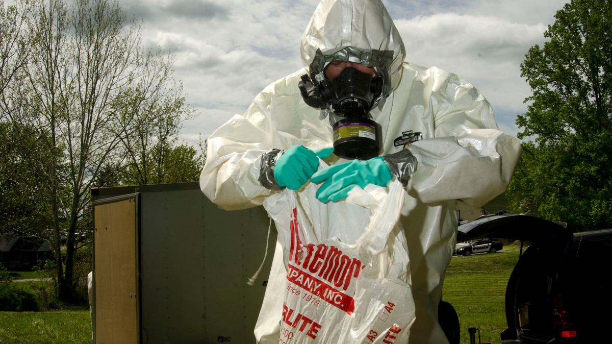 Who's blocking this astonishingly effective tool to fight meth labs?