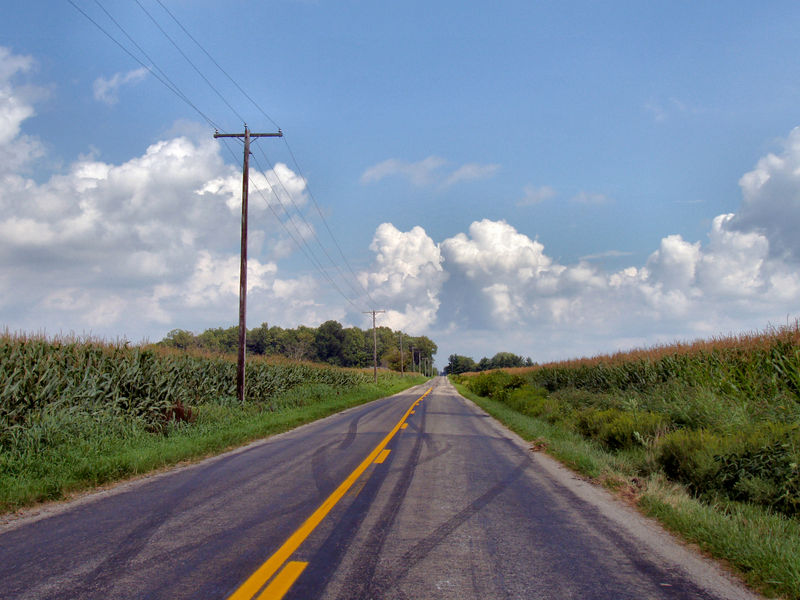 800px-Indiana-rural-road.jpg