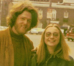Bill-Hillary-1970-New-Hav.jpg