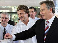David.Beckham.Tony.Blair.20.jpg