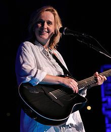 mojo-photo-melissaetheridge.jpg