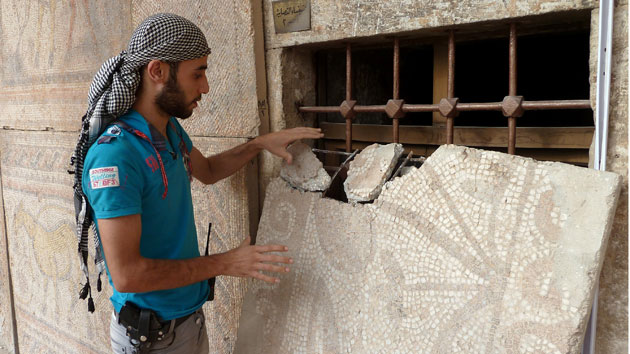 "Meet the ""Monuments Men"" Risking Everything to Save Syria's Ancient Treasures From ISIS"