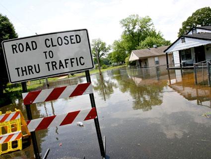 The Mississippi River Flooding, Explained – Mother Jones